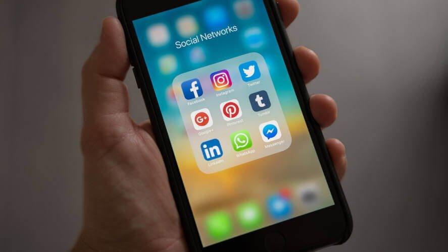 Prikaz ikonica na pametnom mobilnom telefonu